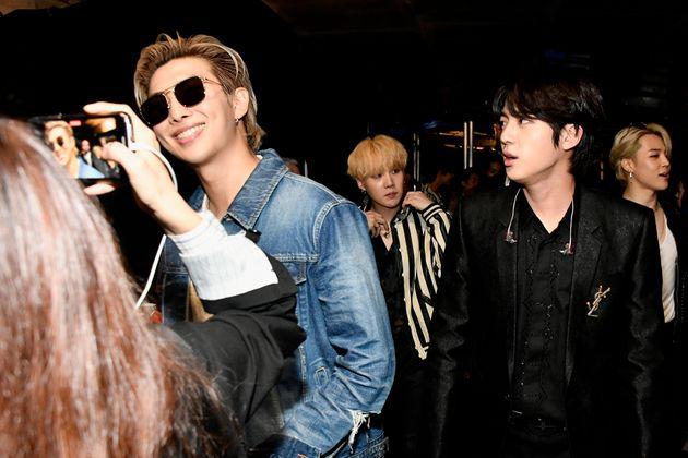왼쪽부터 RM, 슈가, 진,
