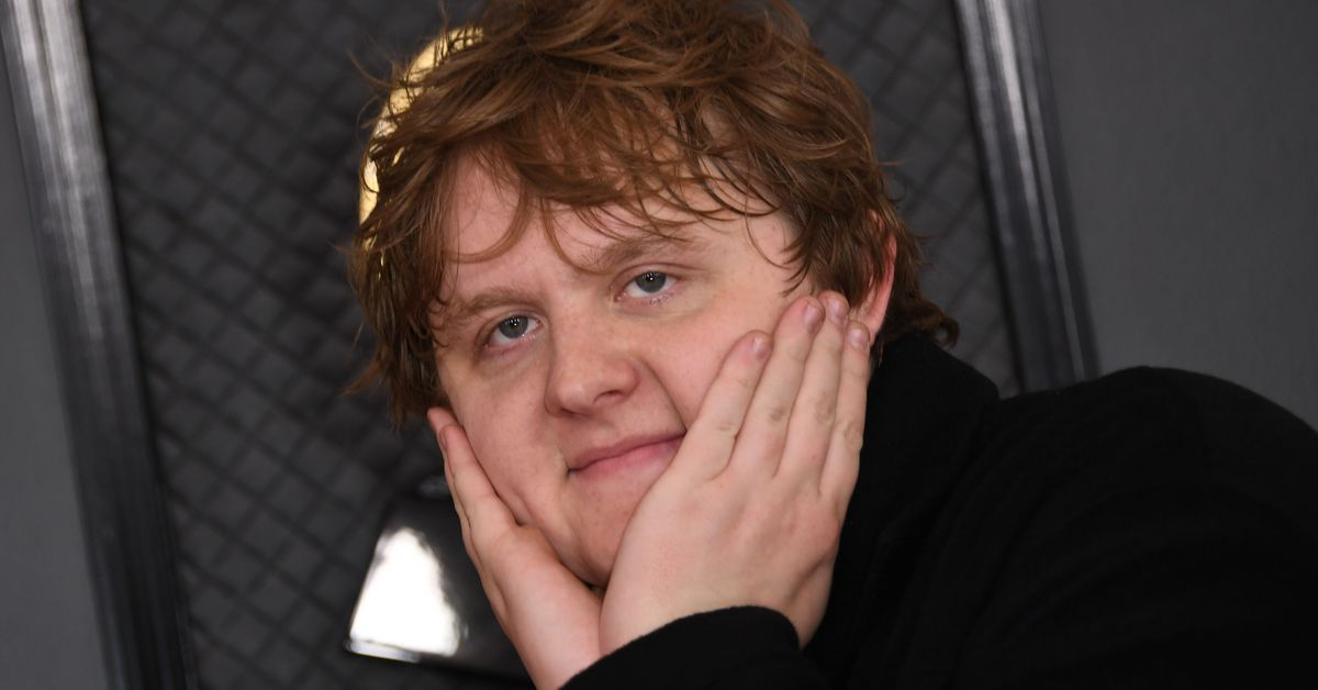 Lewis Capaldi Being Mistaken For A Seat-Filler At The Grammys Is So Lewis Capaldi