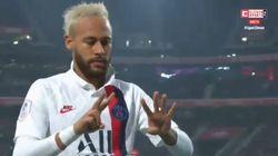 Segna e gli dedica il goal. L'omaggio di Neymar a Kobe Bryant