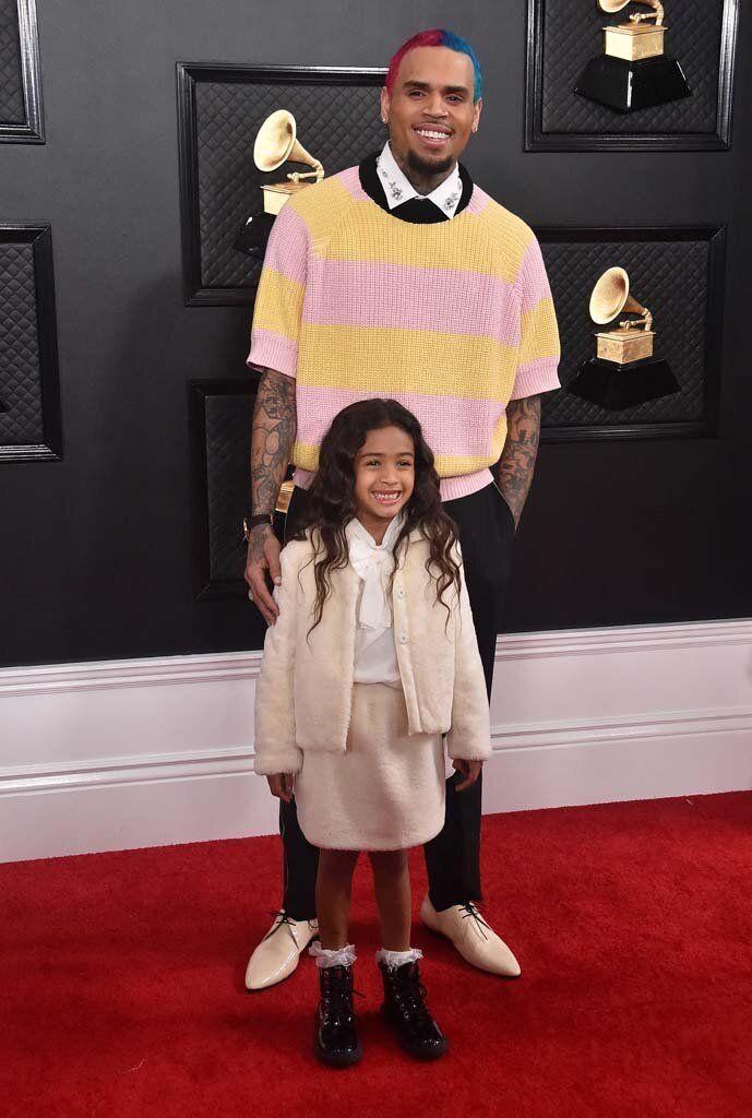 Ο Κρις Μπράουν με την κόρη του, Ρόγιαλτι.