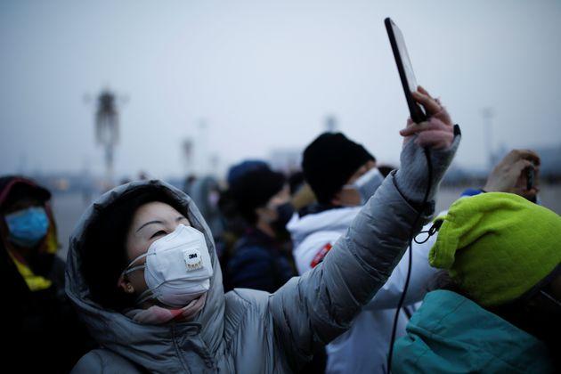 Selfie. Χωρίς λόγια. China January 27, 2020. REUTERS/Carlos...