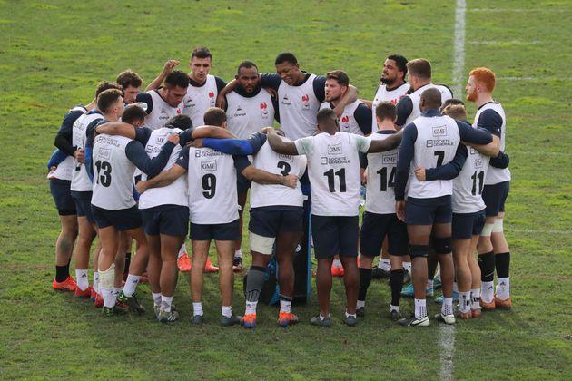 Les joueurs du XV de France lors d'une séance d'entraînement à Nice le 22 janvier