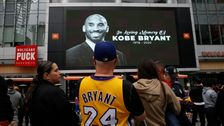 ロサンゼルスLakers'日(火)ゲームを延期後Kobe bryantの死