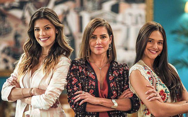 Vitória Strada, Deborah Secco e Juliana Paiva interpretam o trio de protagonistas de