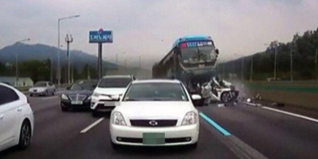 경부고속도로 연쇄 추돌사고 블랙박스 영상이