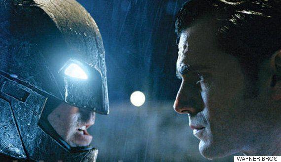 '배트맨 대 슈퍼맨: 저스티스의 시작'이 혹평을 받게된 22가지
