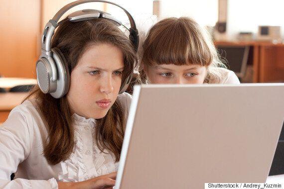 EU, 16세 이하 청소년 소셜미디어 사용 '금지'