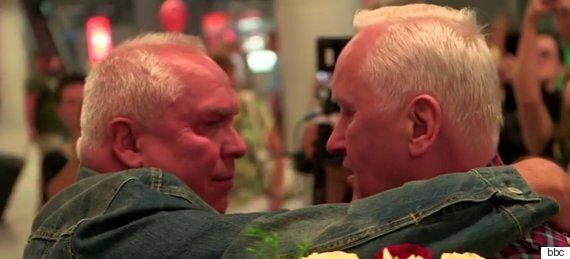 헤어졌던 쌍둥이 형제가 70년 만에