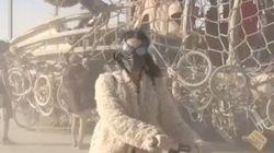 케이티 페리, 사막에서 세그웨이는