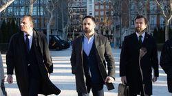El exilio iraní pagó los sueldos de Abascal y Espinosa durante ocho