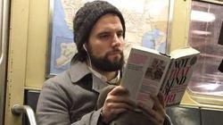 독서하는 남자들이