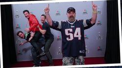 크리스 프랫과 크리스 에반스가 팬들의 사진에