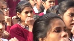 인도 경찰, 여학생들에 호신술