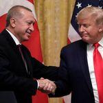 Μπόλτον: Ο Τραμπ έκανε χάρες σε Ερντογάν και Σι