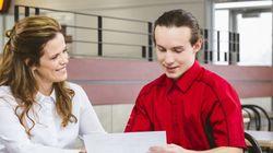 Ashton propose des bourses d'études à ses
