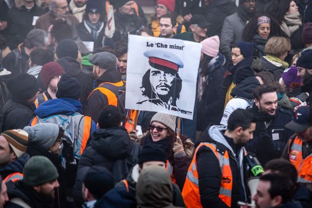 Pourquoi les syndicats n'arrivent-ils pas à entraîner les jeunes avec eux contre la réforme...