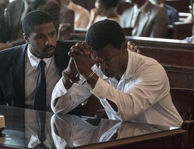 Michael B. Jordan incarne l'avocat Bryan Stevenson, et Jamie Foxx le condamné à tort Walter McMillian...