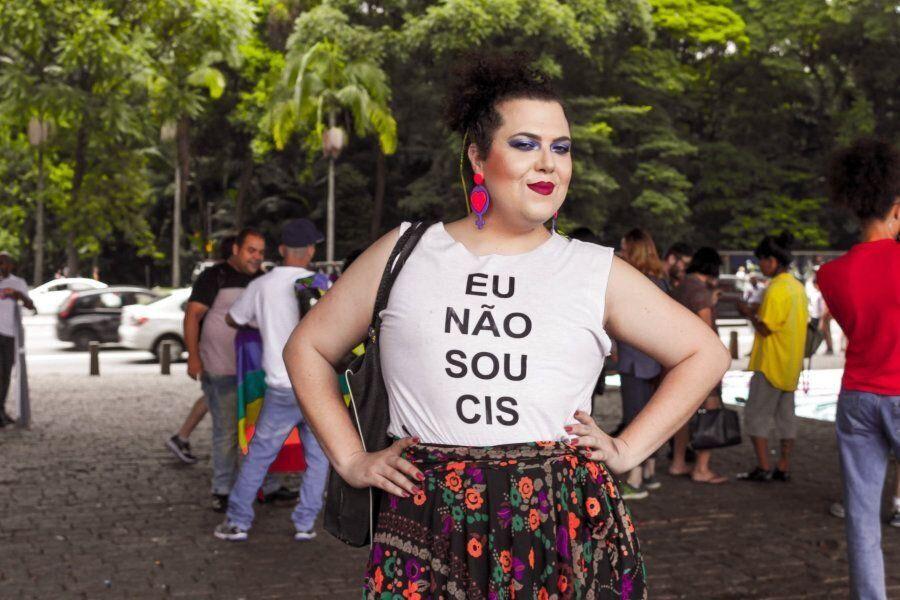 """""""A transfobia está enraizada na naturalização da cisgeneridade"""