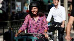 Hidalgo promet de rendre 100% des rues de Paris cyclables d'ici