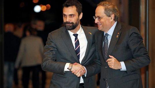 Torra anuncia por sorpresa una declaración institucional en plena crisis del