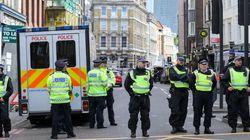 Η αστυνομία πραγματοποίησε επιδρομή σε διαμέρισμα ενός από τους δράστες της επίθεσης στο Λονδίνο. 12