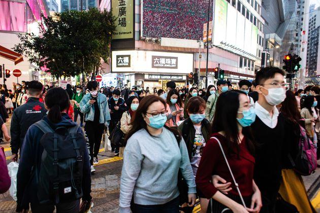 Le nombre de personnes infectées par le nouveau coronavirus venu de Chine continue d'augmenter......