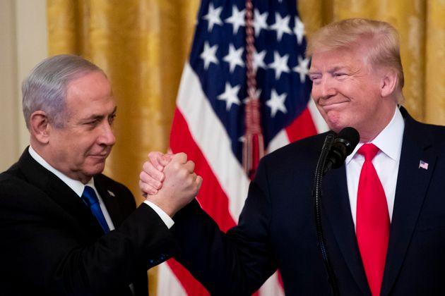 Trump a gamba tesa con un piano di pace inequivocabilmente p