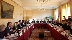 Συνάντηση Μητσοτάκη με εκπροσώπους 24 γαλλικών πολυεθνικών