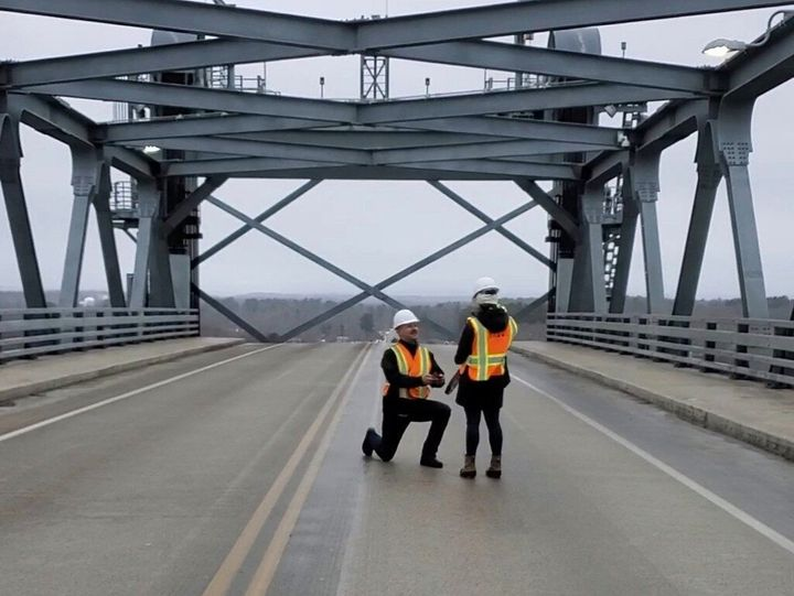 Dan Del Tufo arranged to have the Memorial Bridge in Portsmouth, New Hampshipre, lifted to its maximum height, and that's where he surprised fellow civil engineer Julia Kallmerten with a marriage proposal.
