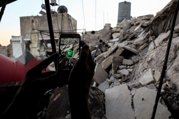 Παιδιά στη Συρία παίζουν Pokemon Go ανάμεσα σε
