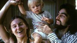 Αυτή η φωτογραφία του DiCaprio με τους γονείς του έγινε viral αλλά όχι για τον λόγο που