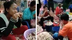 '입으로 생닭 뼈 발라내는 노동자들' 영상 논란에 공장주가 한