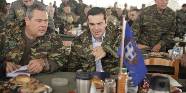 Ιστορίες από τον στρατό: Καμμένος και Τσίπρας στο χακί «ψάρωσαν» το
