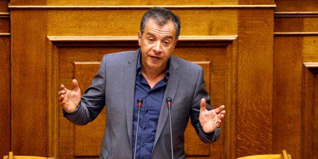 Θεοδωράκης στη Βουλή: Δεν συμμετέχουμε στην