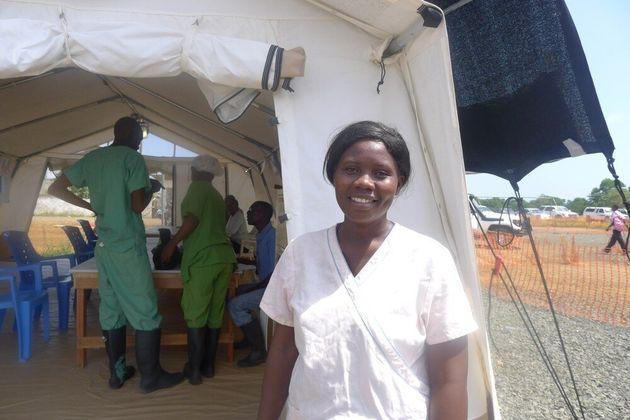 12 μήνες Έμπολα μέσα από 12 ιστορίες των Γιατρών Χωρίς