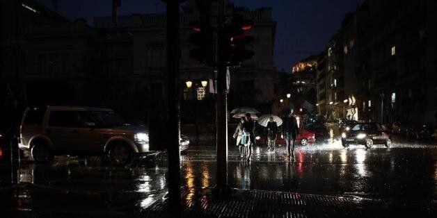 Με βροχές και κρύο αρχίζει η Μεγάλη