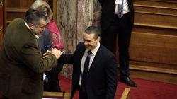Ύβρεις Κασιδιάρη προς τον πρωθυπουργό από το βήμα της