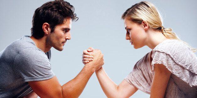 Κανείς δεν ενδιαφέρεται όταν ένας άντρας κακοποιεί την κοπέλα του