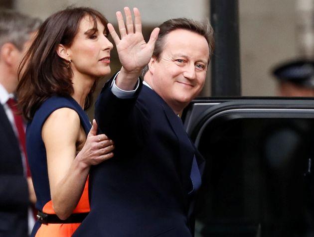David Cameron, el 13 de julio de 2016, abandonando definitivamente el 10 de Downing