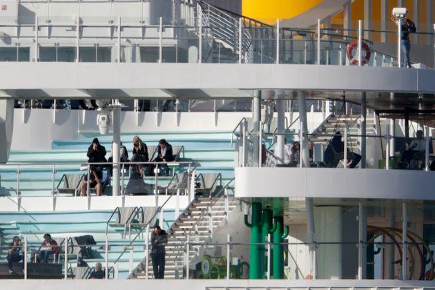 Italie: pas de coronavirus à bord du navire de croisière qui était