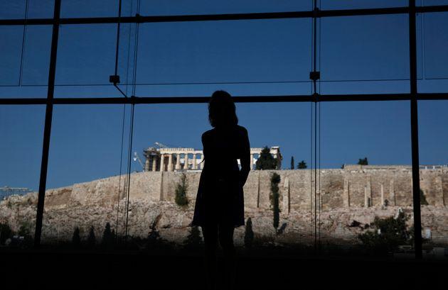 Στιγμιότυπο απο το Μουσείο της Ακρόπλης. Αθήνα REUTERS/Yorgos Karahalis (GREECE - Tags: POLITICS SOCIETY TRAVEL ENTERTAINMENT)