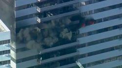 Un incendio en un rascacielos de los Ángeles deja ocho