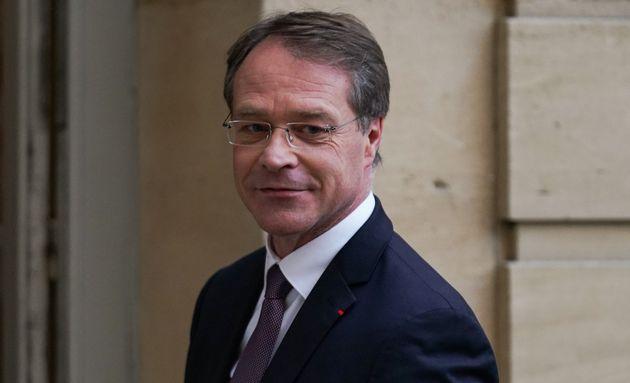 Le patron de la CPME François Asselin, ici à Matignon le 19 décembre, propose de cumuler des congés,...