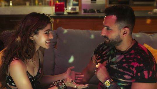'Jawaani Jaaneman' Review: A Coming-of-Middle-Age Drama That's Funny But