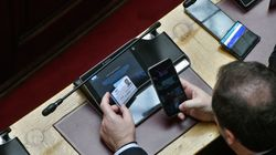 Βουλή: Υπερψήφιση της αμυντικής συμφωνίας Ελλάδας-