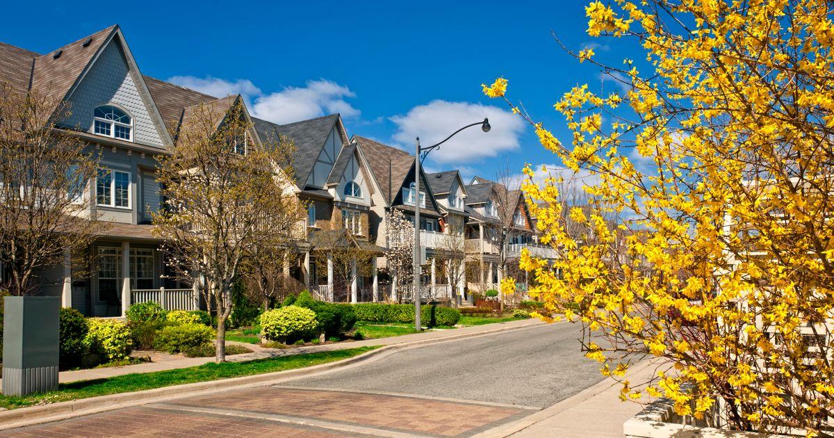 GTAの新しい住宅販売は、2018年のドロップ後、昨年47%上昇しました:レポート