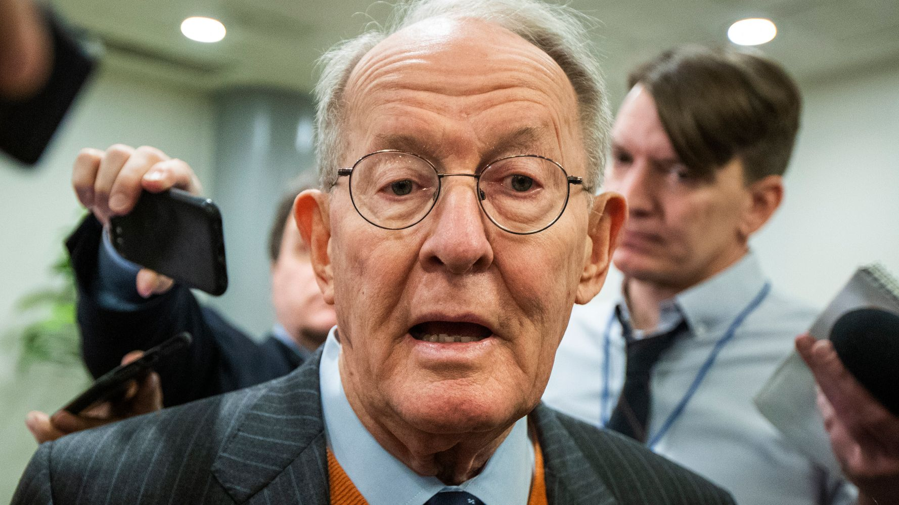 Westlake Legal Group 5e33c74c240000b60d64ede7 Twitter Users Shred 'Coward' Lamar Alexander After Vote Reveal