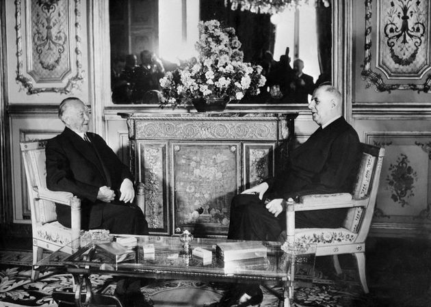 El francés Charles de Gaulle y el alemán Konrad Adenauer, reunidos en París en