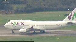 Los españoles repatriados de Wuhan aterrizan en el Reino Unido en su camino hacia