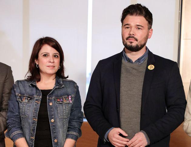 Adriana Lastra y Gabriel Rufián, durante las